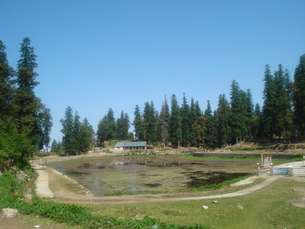 kamru-naag-lake