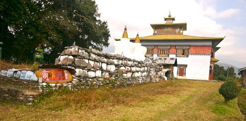 Golden Deve temple Khajjiar